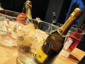 Viete, že pitie vín vám môže predĺžiť život Ochutnajte tie najlepšie ročníky vďaka útulnej vinotéke Sunnywines na konci Petržalky